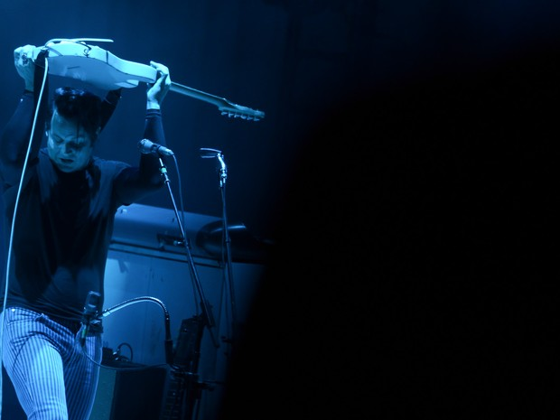 Jack White encerra os shows do palco principal no primeiro dia (Foto: Flavio Moraes/G1)
