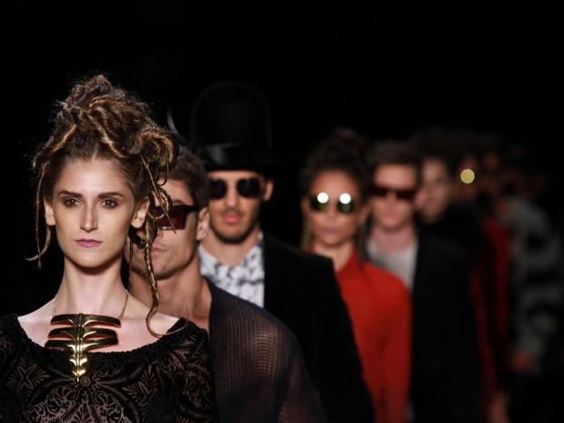 Desfile da Ausl�nder  no Fashion Rio (Foto: Raphael Mesquita/ Foto Rio News)