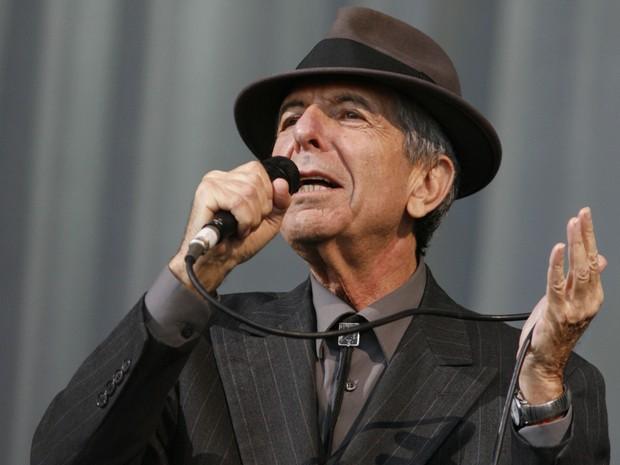 Poeta canadense Leonard Cohen morre aos 82 anos