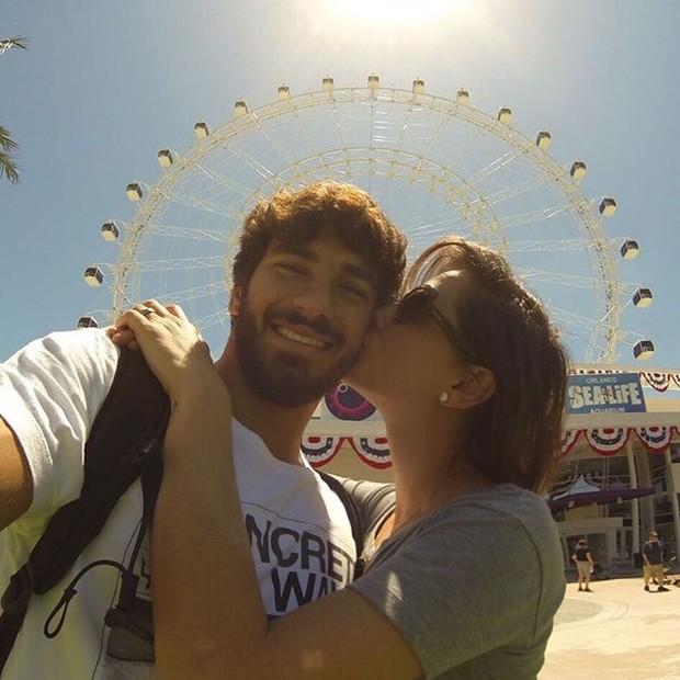 Deborah Secco e o namorado, Hugo Moura, em Orlando, nos Estados Unidos (Foto: Instagram/ Reprodução)