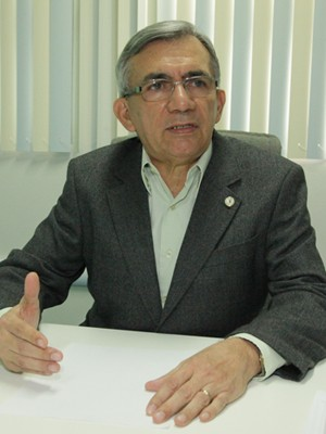 Reitor da UFMA Natalino Salgado  (Foto: De Jesus/O Estado)