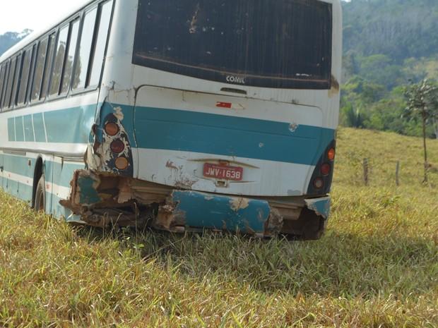 Ônibus passou por cima do corpo de idosa, diz boletim (Foto: Machadinho 190/ Reprodução)