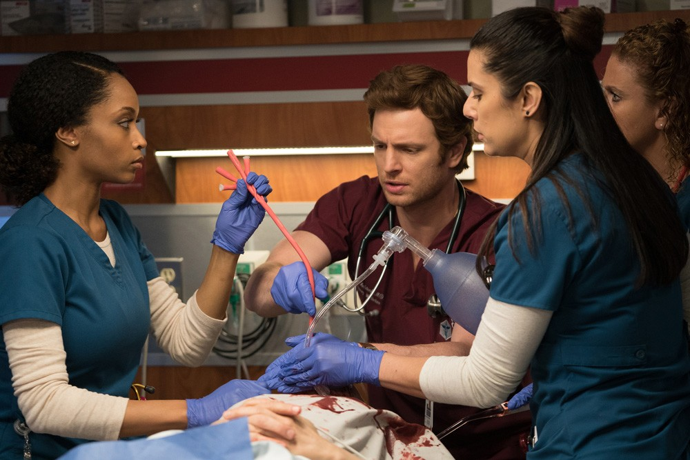 """Withdrawal"" (17Ep1T) (Foto: Chicago Med - Universal Channel)"