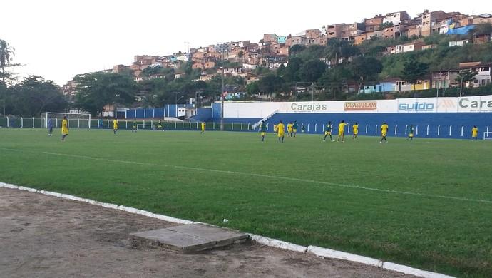 Penúltimo coletivo antes da estreia em casa foi nesta quinta (Foto: Augusto Oliveira / GloboEsporte.com)