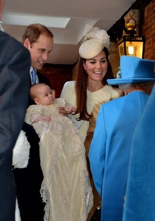 Príncipe William, Kate Middleton e Rainha Elizabeth (Foto: Getty Images/Agência)