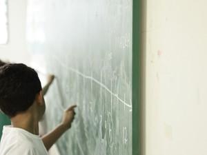 Estudantes da rede pública participam da prática em matemática (Foto: Caio Kenji/G1)