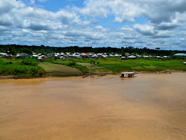 Rio Juruá subiu mais de dois metros em 48 horas  (Foto: Anny Barbosa/G1)