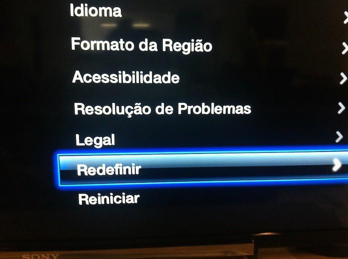 Acessando a página de redefinições da Apple TV (Foto: Marvin Costa/TechTudo)