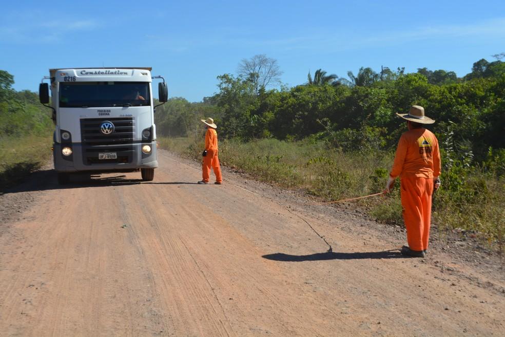 Três empresas foram contratadas para manutenção da pista (Foto: Mary Porfiro/G1)