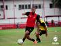 Ex-Vasco, lateral-esquerdo Christiano volta para o Vila Nova após dois anos
