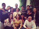 Thammy Miranda posa com Gretchen, Sula Miranda e família