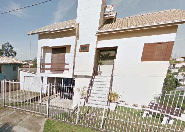 Casa que desabou nesta quarta (6) em Criciúma (Foto: Reprodução/Google Street View)