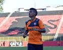 Após rescindir com o Vitória, meia Vander assina com Chiangrai United