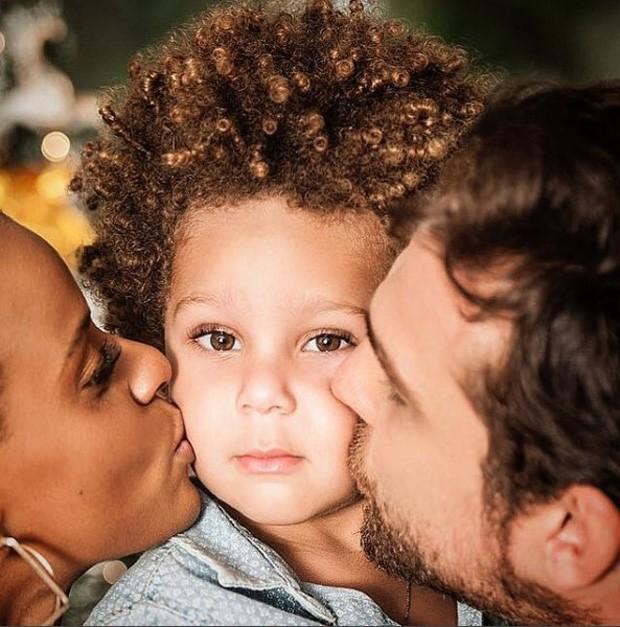 Aline Wirley e Igor Rickli com o filho, Antônio (Foto: Reprodução/Instagram)