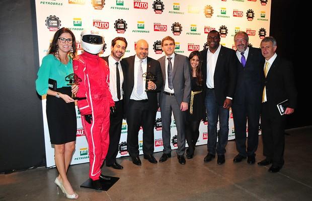 Representantes da Audi comemoram vitórias no Carro do Ano 2013 (Foto: Oswaldo Palermo)