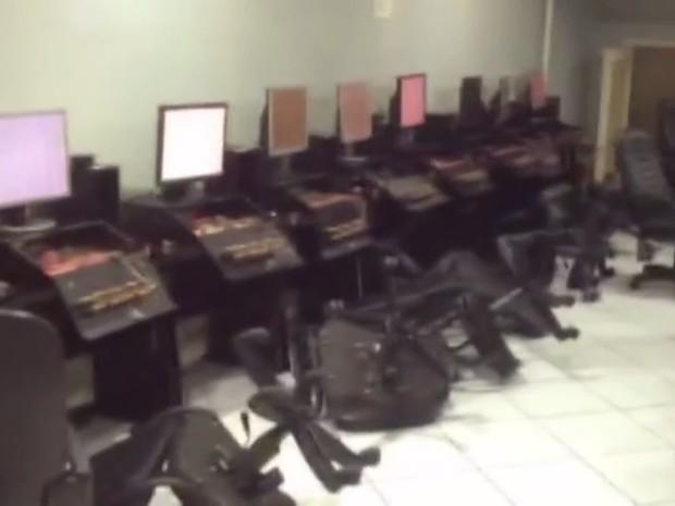 Bingos funcionavam clandestinamente em Santos e Praia Grande (Foto: Reprodução/Tv Tribuna)