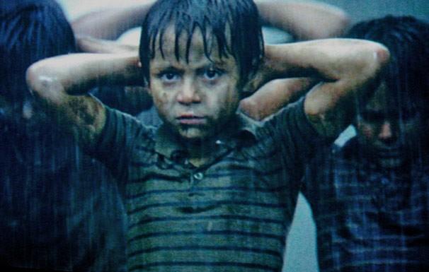 Menino precisa proteger a família em plena guerra civil em El Salvador (Foto: Divulgação / Reprodução)