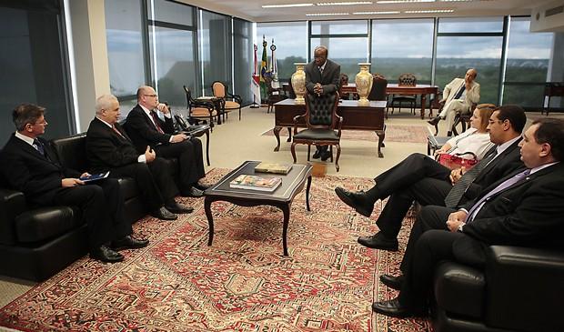 O presidente do Supremo Tribunal Federal, Joaquim Barbosa, durante reunião com associações de juízes, nesta segunda (8) (Foto: Carlos Humberto/SCO/STF)