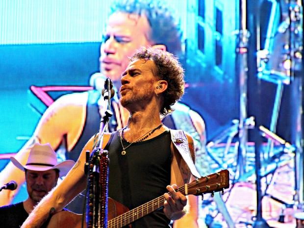 """Cantor elogiou céu de Manaus antes de cantar """"All Star"""" (Foto: Marcos Dantas/G1)"""
