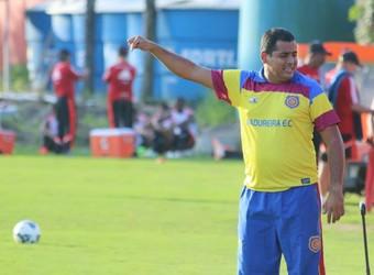 Leston Junior, técnico do Madureira (Foto: Fabrício Salvador)