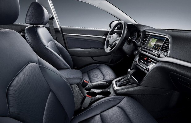 Interior-do-novo-Hyundai-Elantra (Foto: Divulgação)