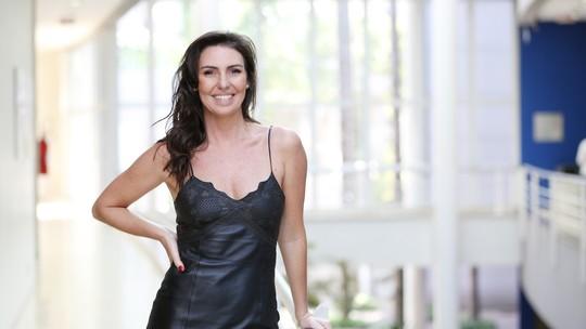 Glenda Kozlowski ouve elogios e conta segredo da beleza aos 43 anos
