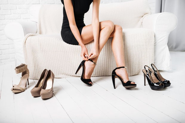 75fc3a3ee57 As Dance Shoes - de saltos finos e altíssimos - são a tendência de sandália  de