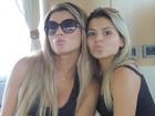 Babi Rossi faz biquinho com a irmã para foto: 'Brigamos e nos amamos'