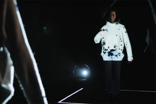 Pop-up Store da Adidas faz suéter exatamente sob medida (Foto: Reprodução)