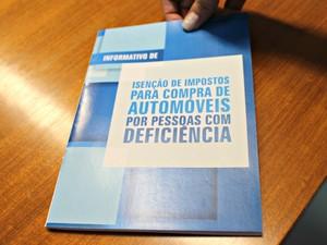 Cartilha lançada pelo Detran-MS (Foto: Tatiane Queiroz/ G1 MS)