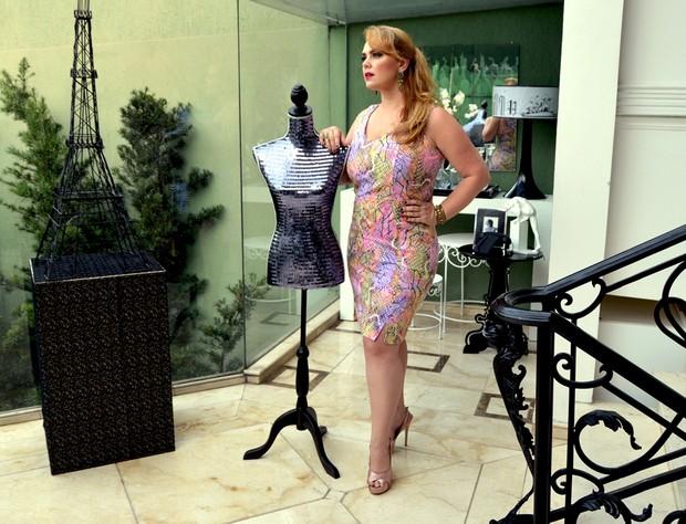 Ana Paula Almeida, a 'Pituxita', posou para um ensaio de moda plus size (Foto: Giovanne Casareggio/Realist Plus/Divulgação)