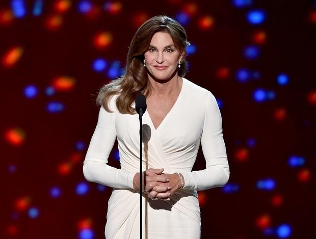 Caitlyn Jenner em premiação em Los Angeles, nos Estados Unidos (Foto: Kevin Winter/ Getty Images/ AFP)