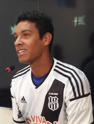Antônio Carlos, zagueiro Ponte Preta (Foto: Heitor Esmeriz)