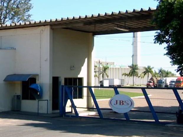 Ministério Público do Trabalho pede para que a demissão em massa seja suspensa (Foto: Reprodução/TV Fronteira)