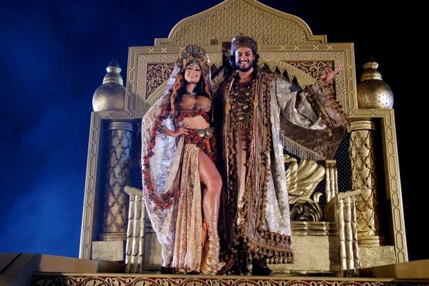 Aline Riscado e Raphael Vianna ensaiam espetáculo 'A Paixão de Cristo' (Foto: Marcelo Loureiro/AgNews)