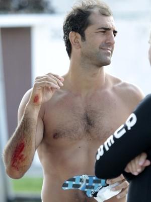 Lutador sofreu ferimentos no braço (Foto: Toti Jordan/Arquivo Pessoal)