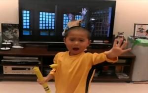 Performance de 'mini Bruce Lee' (Reprodução)
