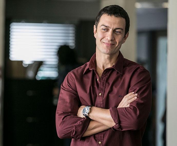 Em Babilônia, Gabriel interpreta o malandro adorável Luís Fernando (Foto: Inácio Moraes/Gshow)