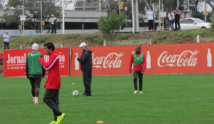 Luque ouviu mensagens de apoio dos torcedores argentinos (Foto: Tomás Hammes/GloboEsporte.com)