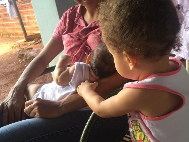Juiz concedeu recolhimento domiciliar a mulher para que cuide das filhas em Goiás (Foto: Paula Resende/ G1)
