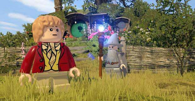 Bilbo e Gandalf em 'LEGO The Hobbit' (Foto: Divulgação/TT Games)