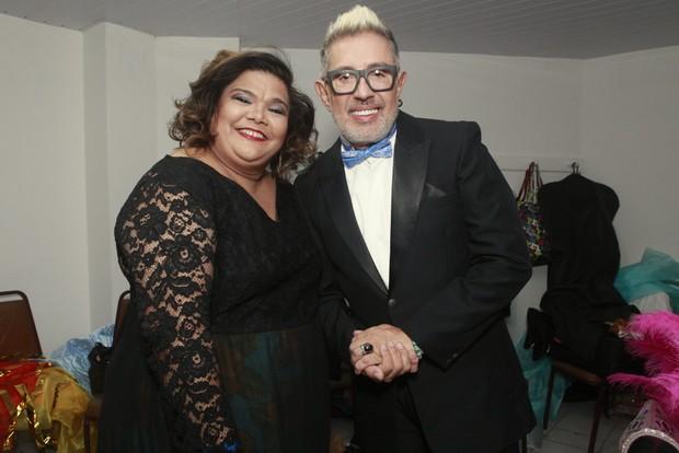 Cantora Simone Mazzer e Eduardo Araújo (Foto: Anderson Barros/EGO)