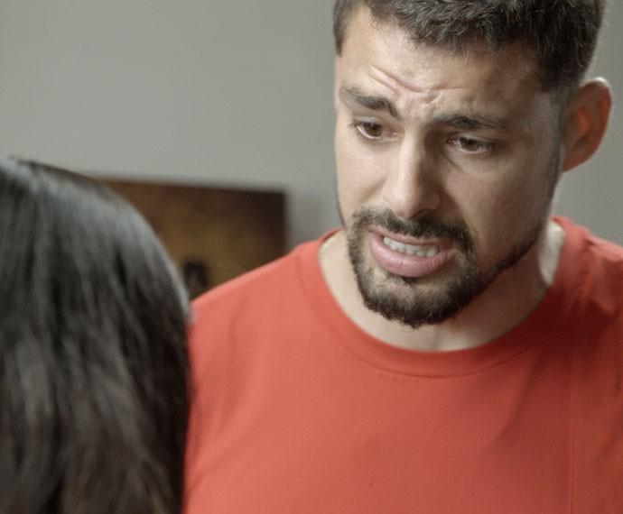 Juliano ouve poucas e boas da ex (Foto: TV Globo)