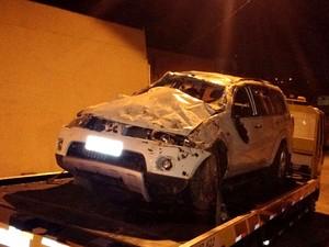 Carro da vítima do assalto foi usado pelos criminosos na fuga em Americana (Foto: Reprodução / EPTV)