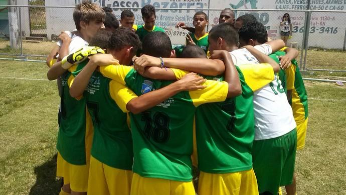 Santos Reis está na final da Copa Nossa Cidade Sub-15 (Foto: Divulgação/SEL)