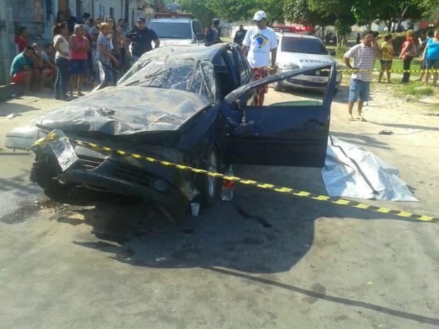 Acidente ocorreu na Zona Leste de Manaus (Foto: Rosianne Couto/G1 AM)