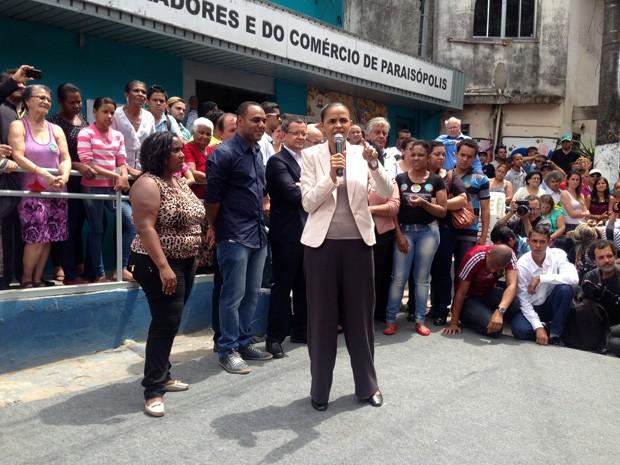 Marina Silva participa de ato público com moradores do bairro de Paraisópolis, na zona sul de São Paulo (Foto: Glauco Araújo / G1)