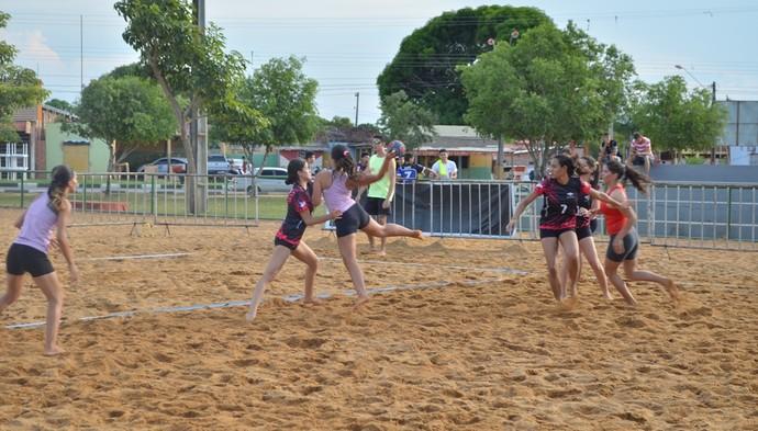 Handebol de Areia é uma das modalidades presentes nesta edição dos Jogos de Verão (Foto: Ivonisio Júnior)