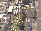 Rio deixa estágio de atenção após ato de taxistas e trânsito de 125 km