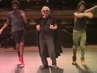 Ney Latorraca faz paródia de 'Deu Onda' para divulgar musical 'Vamp'
